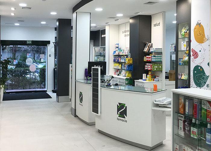 proyecto-farmacia-kapmobel-consuelo-molina-interior-3