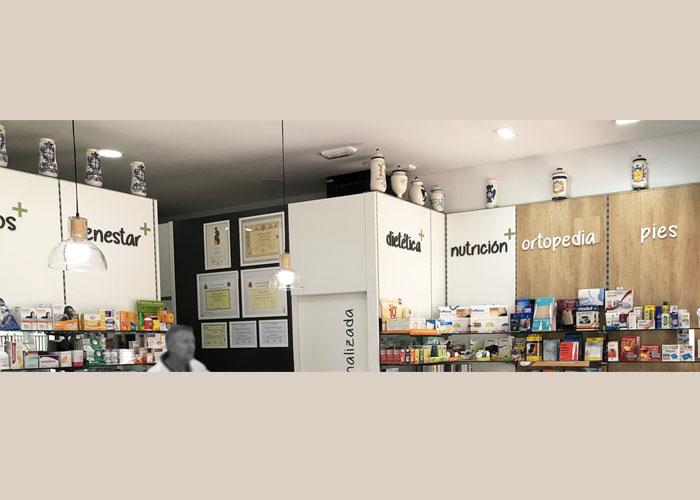 proyecto-farmacia-kapmobel-fontan-interior-3