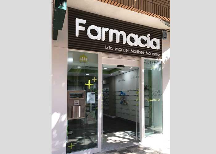 proyecto-farmacia-kapmobel-manuel-martinez-fachada