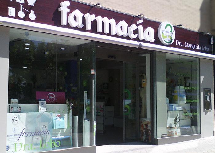 proyecto-farmacia-kapmobel-margarita-lobo-fachada