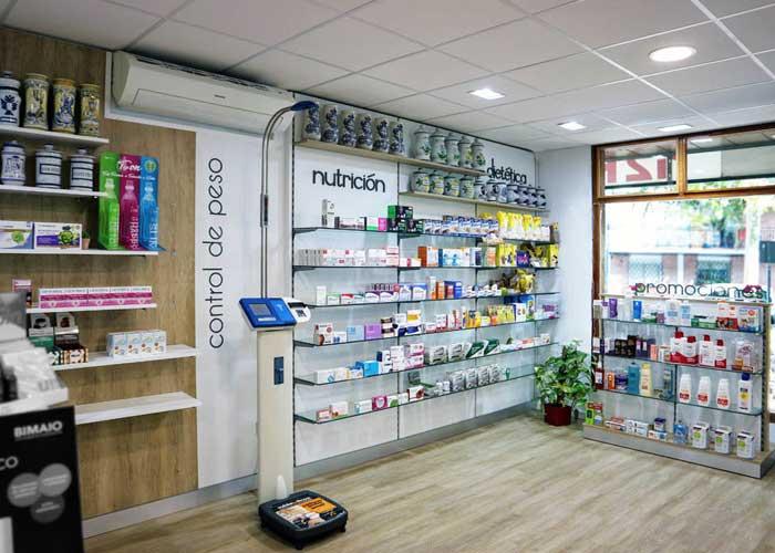 proyecto-farmacia-kapmobel-matheo-cb-interior-2