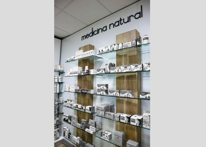proyecto-farmacia-kapmobel-matheo-cb-interior