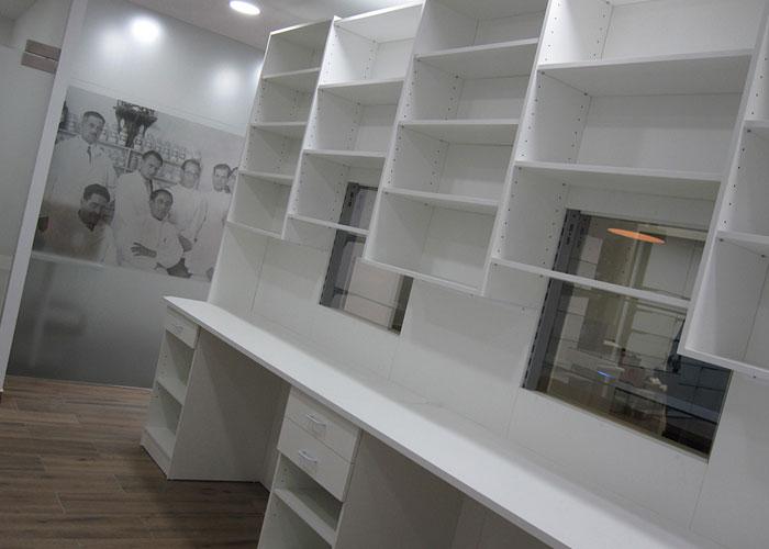 proyecto-farmacia-kapmobel-pelayo-gomez-interior