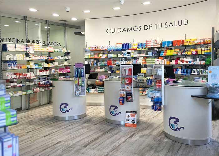 proyecto-farmacia-kapmobel-yolanda-velasco-interior-1