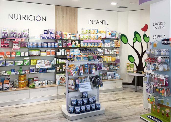 proyecto-farmacia-kapmobel-yolanda-velasco-interior-2