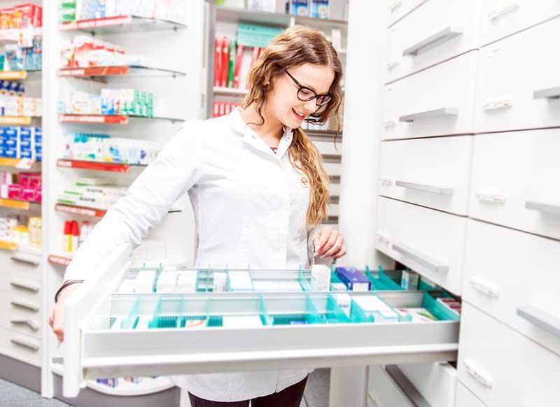 Montar una Farmacia, Requisitos y Necesidades